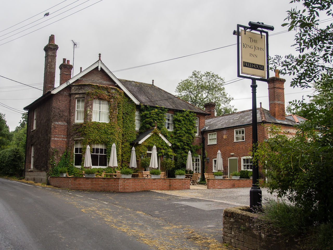 King John's Inn for two nights
