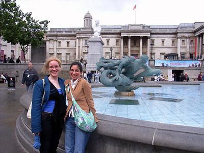 Carly and Kate in Trafalgar square