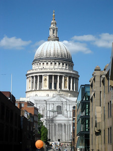 Looking back at St Paul's - aren't they considerate to cover the scaffolding with a print of the building's facade!