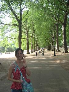 Kate walking through St James' park