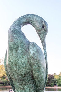 Isis is a magnificent bronze sculpture designed by British sculptor Simon Gudgeon.  The sculpture, inspired by the Egyptian goddess of nature, was installed in 2009.