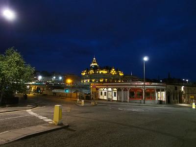 Waverley Station & Balmoral Hotel