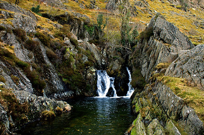 Little waterfall on our way back to the bunkhouse