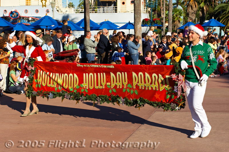 Disney/MGM's Hollwodd Holly-Day Parade