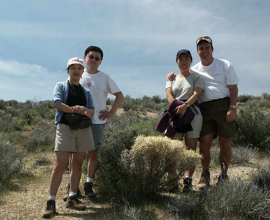 Mojave Desert NP: Posing with our friends, Hans and Shulin.