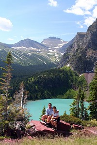 Tripod pictures fronting Grinnell Lake. Needed three trials to make it on time ;-)