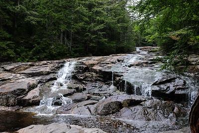 Hiking the Basin-Cascades Trail - Franconia Notch, NH.
