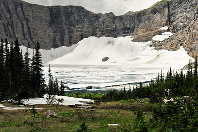 As we leave - the lake has filled in a bit as the Icebergs are continually moving.
