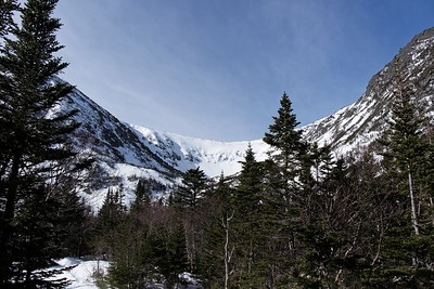 View of the Tuckerman Ravine Bowl from Hermit Lake.