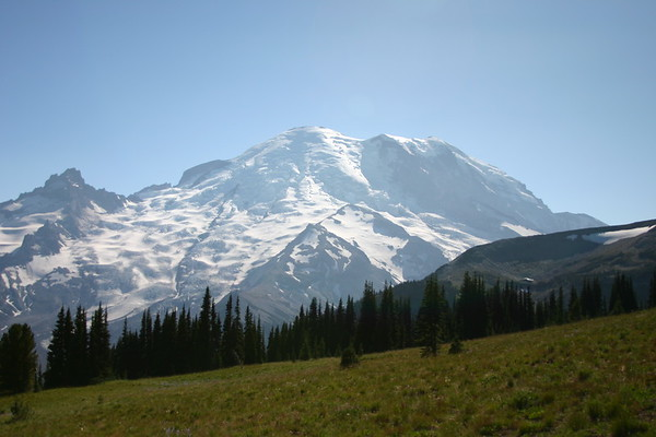 2012-08 Mount Rainier Sunrise