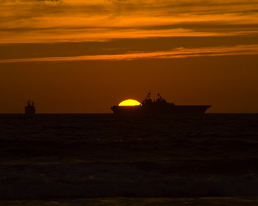 Aircraft-carrier-sunset