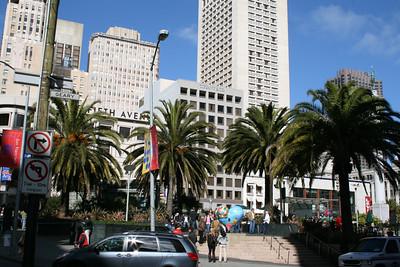 Feb. 18/08 - Union Square in the sunshine, San Francisco
