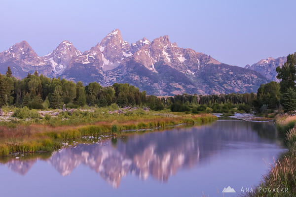Before sunrise in the Grand Teton NP from Schwabacher Landing