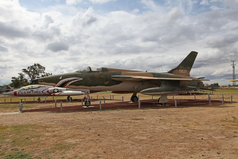 USA 2011 -  Castle Air Museum, Atwater - F-105 Thunderchief