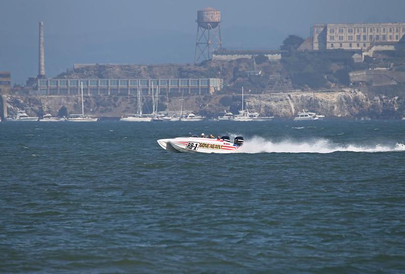 USA 2011 - San Francisco Fleet Week - Ship Parade<br /> Alcatraz