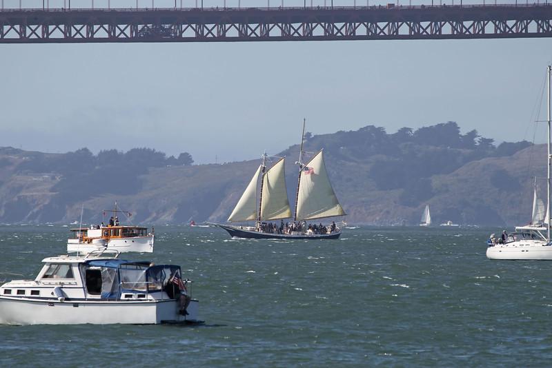 USA 2011 - San Francisco Fleet Week - Ship Parade<br /> Golden Gate Bridge