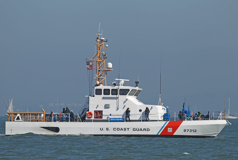 USA 2011 - San Francisco Fleet Week - Ship Parade<br /> US Coast Guard