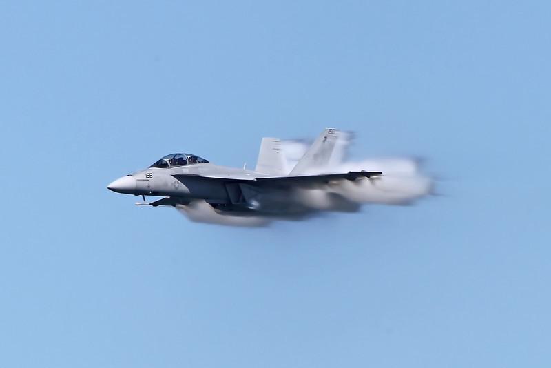 USA 2011 - San Francisco Fleet Week - Airshow<br /> F-18 Super Hornet
