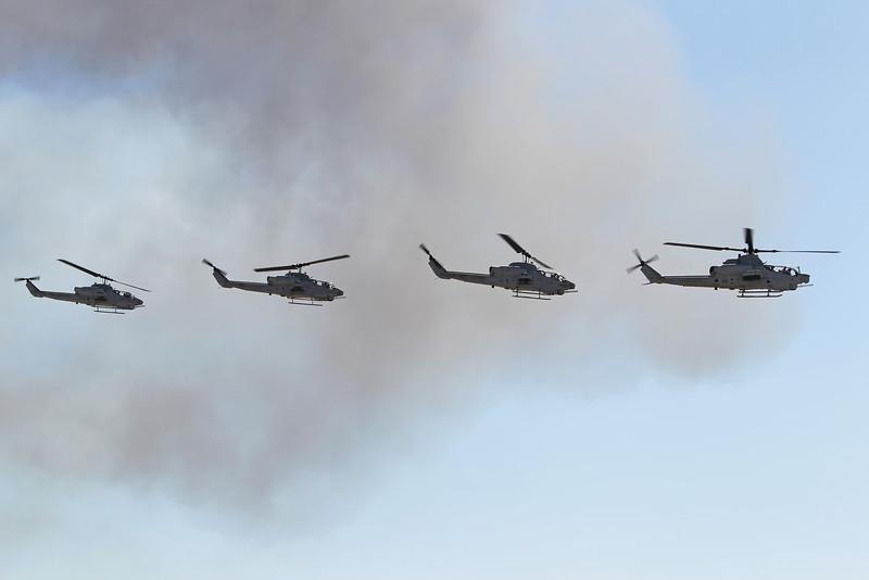 USA 2011 - MCAS Miramar Air Show - Marine Air-Ground Task Force Demo (MAGTF)<br /> AH-1Z Viper / AH-1 Super Cobra