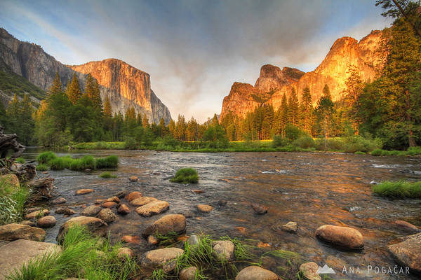 El Capitán and the Merced River in the late afternoon