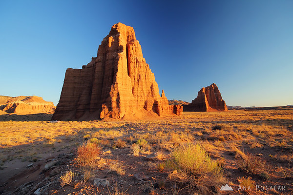 Temple of the Moon at sunrise, Capitol Reef NP