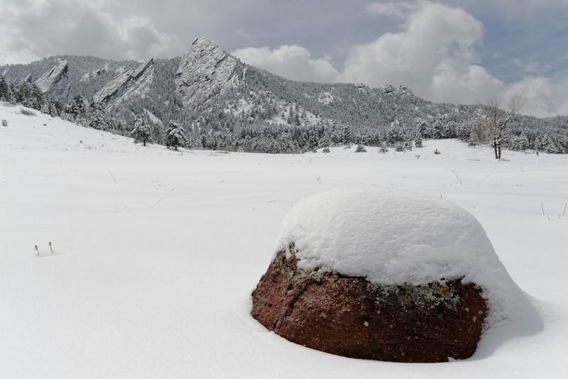 April snowfall in the Flatirons