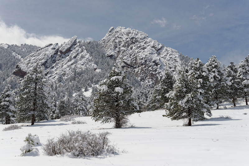 April snowfall in the Flatirons