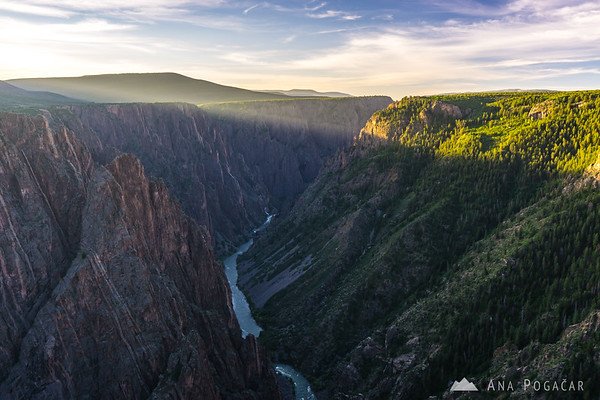 Sunrise at the Pulpit Rock viewpoint, Black Canyon of the Gunnison, Colorado