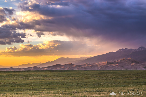 Colorful sunset in the Great Sand Dunes NP, Colorado