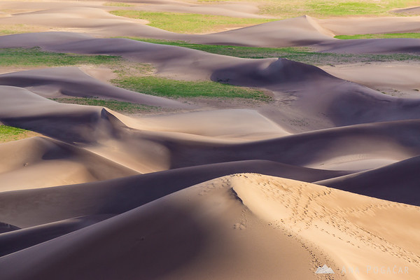 Hiking in the Great Sand Dunes NP, Colorado