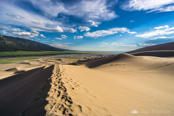 Hiking the dunes in Great Sand Dunes NP, Colorado