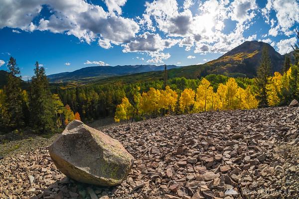 Sunny fall afternoon near Ohio Pass