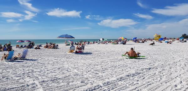Fantastisk strand og kjølig fin sand