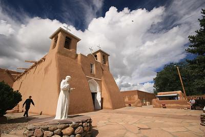 San Franciscus de Asis Church, Taos, New Mexico, USA.