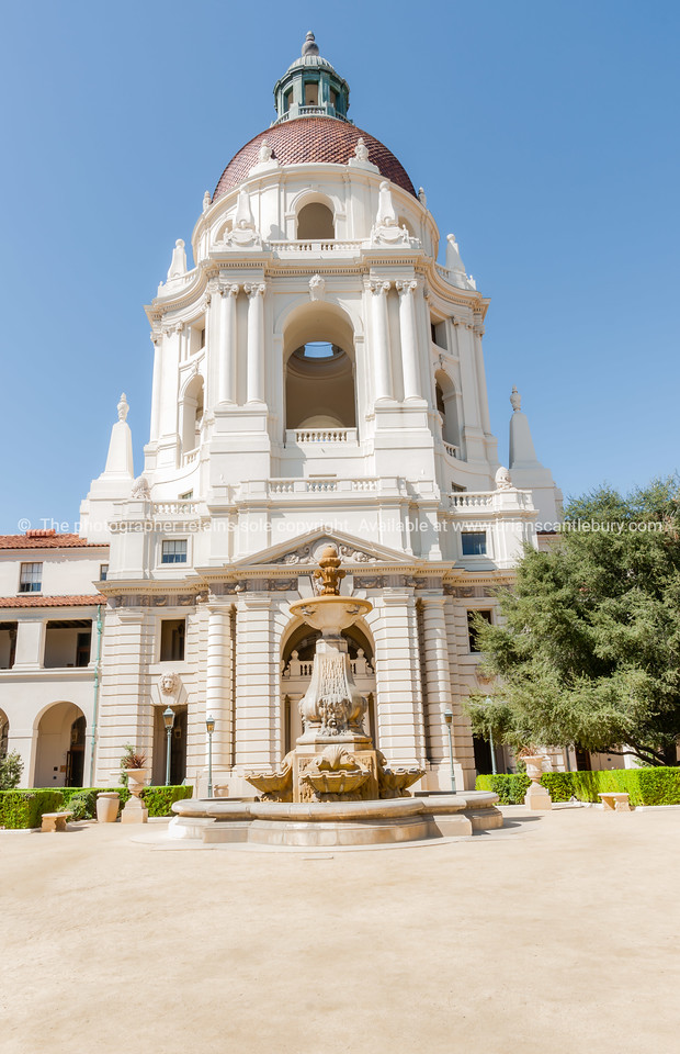Pasadena City Hall in Mediterranean Revival and Spanish Colonial Revival Styles