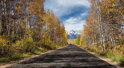 Road towards Tetons
