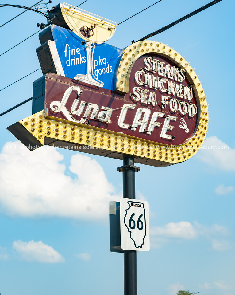 The Luna Cafe has a history dating back to Al Capone. Mitchel Illinois