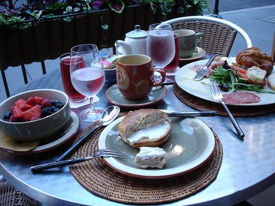 Breakfast at Pierrot