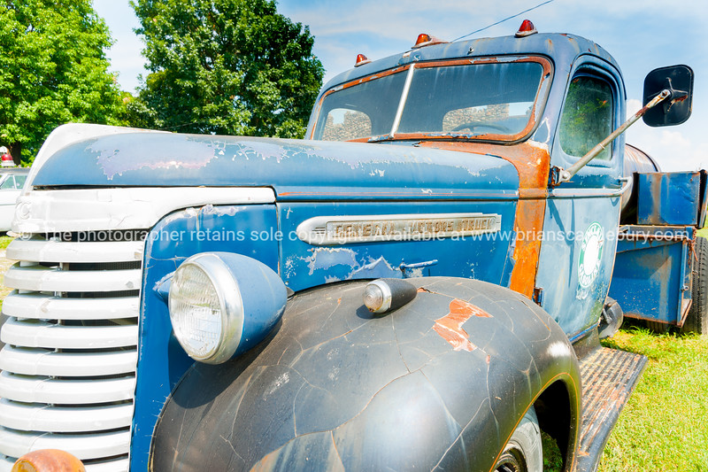 Old General Motors truck parked in Sinclair on Route 66,  Missouri, USA.