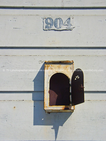 904, street number and wall box, New Orleans.