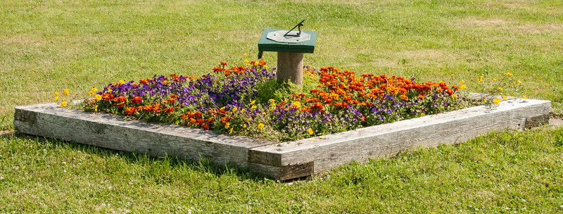 •Location - The Inn At Whale Cove on Grand Manan Island<br /> • A flower box on their property