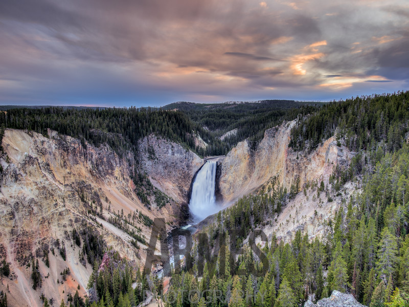 Lower Falls on the Yellowstone River, Lookout Point, North Rim