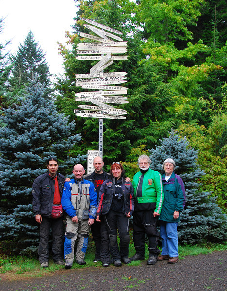 Shigeru, Adam, Panny (Frank), Simone, Eric & Gail at 'Tynda'. Eric & Gail Haws home in Oregon