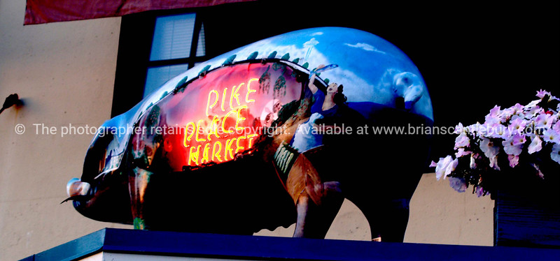 Pike Place pig.