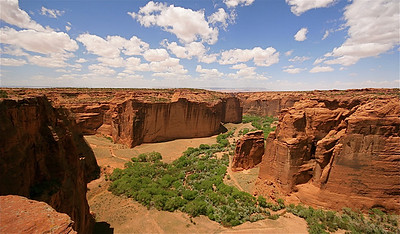 Sliding House Overlook, Canyon de Chelly National Monument. Arizona, USA.