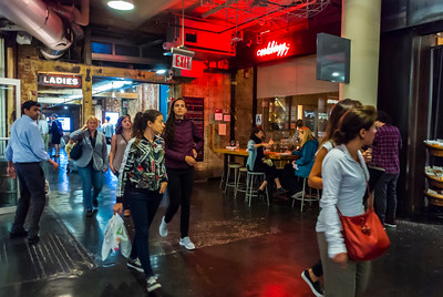 New York, NY, USA, American People in CHelsea Market, Food Shopping