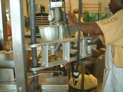 Winston Salem - making Krispy Kremes