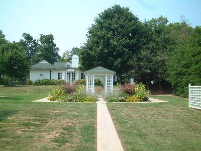 Winston Salem - Reynolda garden