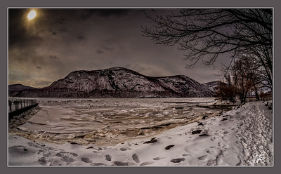 Attempting to un-freeze the Hudson River