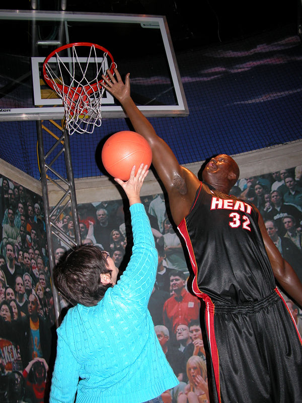 Judy and Shaq going 1 on 1